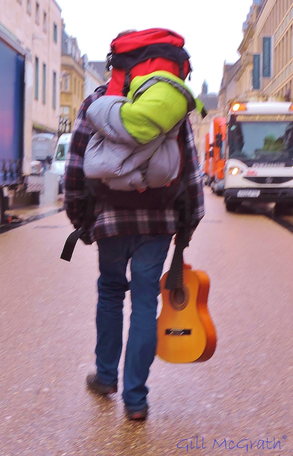2014  middle of the road and travelling light jpg sig