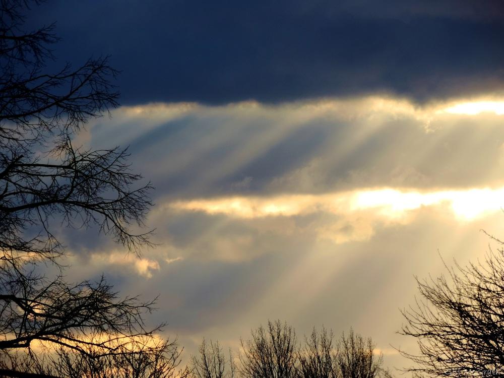 2015 01 31  Blue sunset sky jpg sig