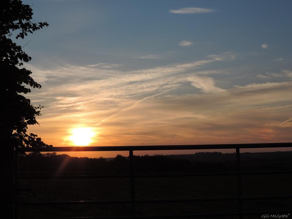 4 2015 06 10 2100 sunset DSCN0179 jpg sig