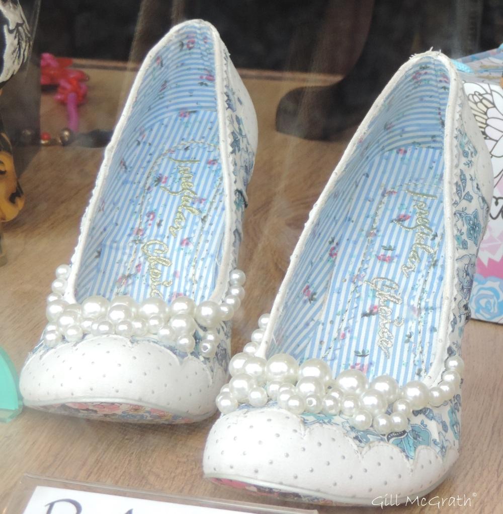 5 2015 09 shoes 155 DSCN3077.jpg sig